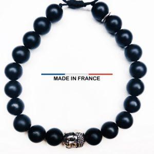 Bracelet pierre semi-précieuse Onyx Noir 8 mm et un Boudha argenté vue du dessus