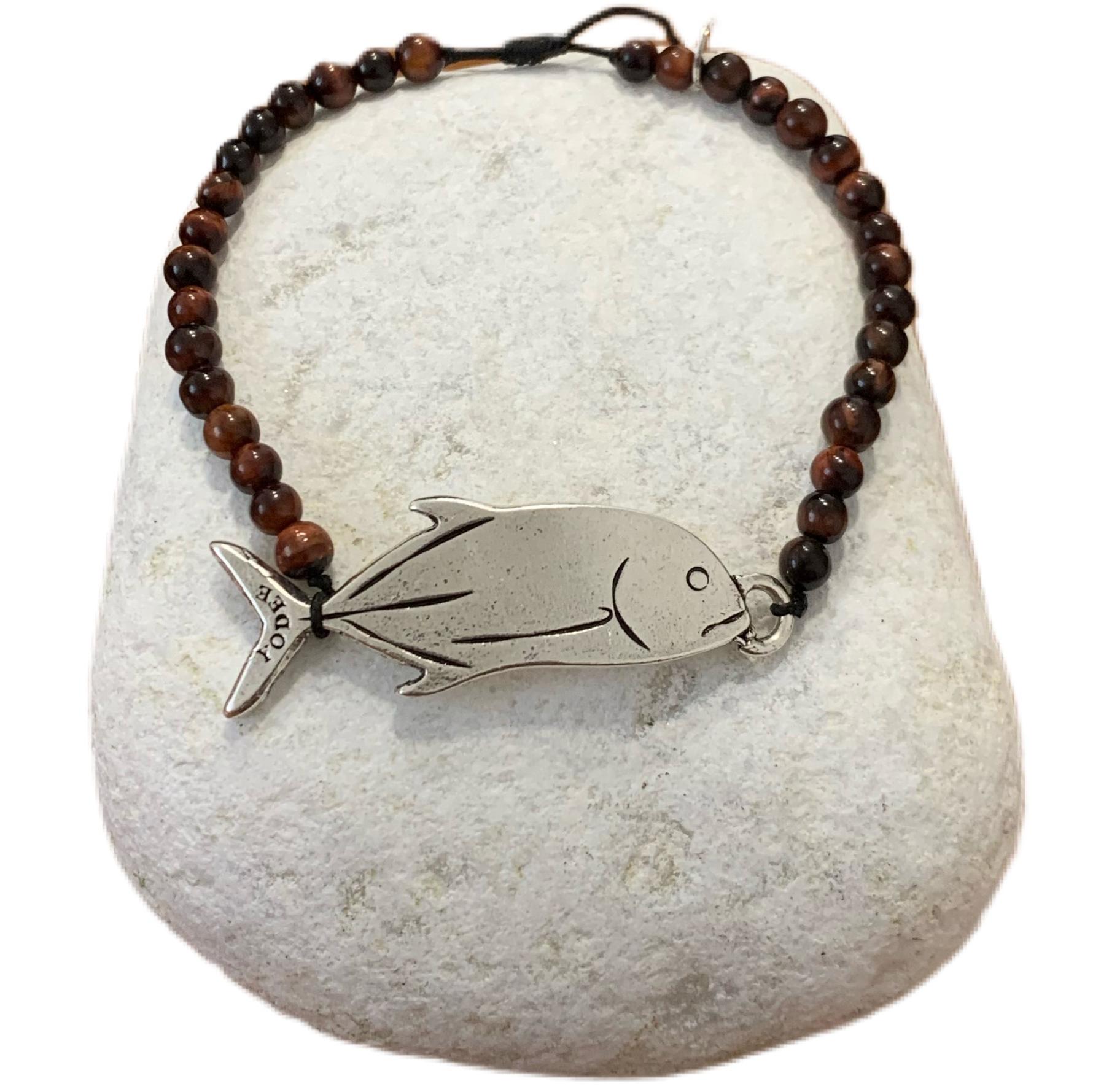 Bracelet pierre Oeil de taureau 4mm avec une Carangue argentée