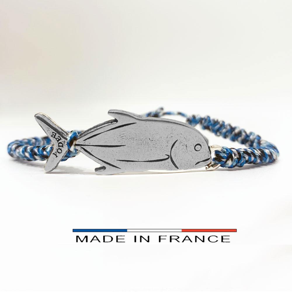 Bracelet-Cordon-Bleu-avec-une-Carangue-Argentée